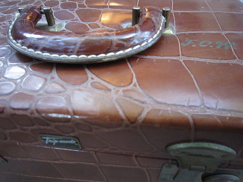 travelcase1 Luxury Recycling: Create A Sewing Box From Vintage Luggage