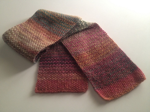 Knit Striped Scarf Pattern : How to knit a striped scarf without having to weave in ends! My Roman Apart...